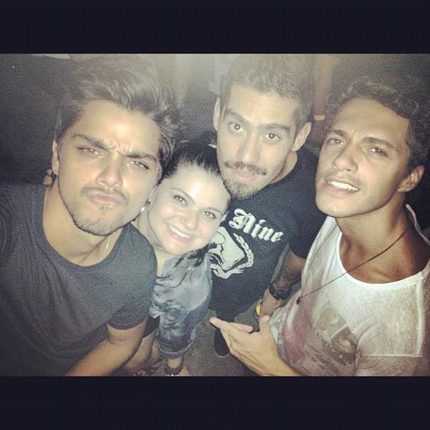 Yuri, Rodrigo Simas e amigos (Foto: Reprodução/ Instagram)