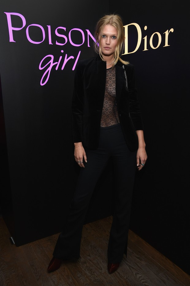 Modelo Toni Garrn em evento em Nova York, nos Estados Unidos (Foto: Dimitrios Kambouris/ Getty Images/ AFP)