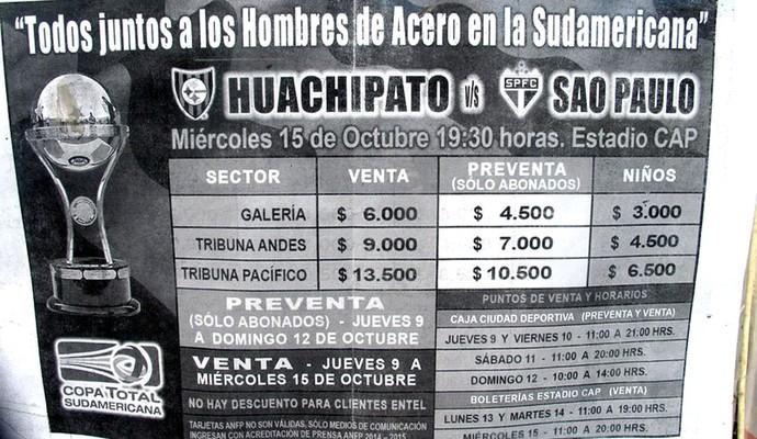 Cartaz venda ingresso, estádio do Huachipato, no Chile (Foto: Marcelo Prado)