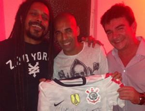 Falcão do Rappa, Emerson e Andrés Sanchez (Foto: Reprodução / Instagram)