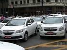 Taxistas protestam em SP contra proposta de regulamentar Uber