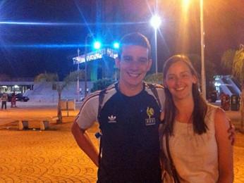 Os franceses Mathias Fancozer e Élodie Giardoni durante visita à Torre de TV de Brasília (Foto: Gabriel Luiz/G1)