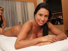 Gracyanne Barbosa faz massagem antes de entrar na avenida