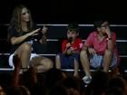 Filho de Ivete Sangalo canta Michael Jackson e coloca a mãe para dançar
