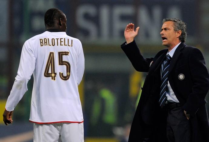 José Mourinho e Balotelli, Internazionale, 2009 (Foto: Getty Images)
