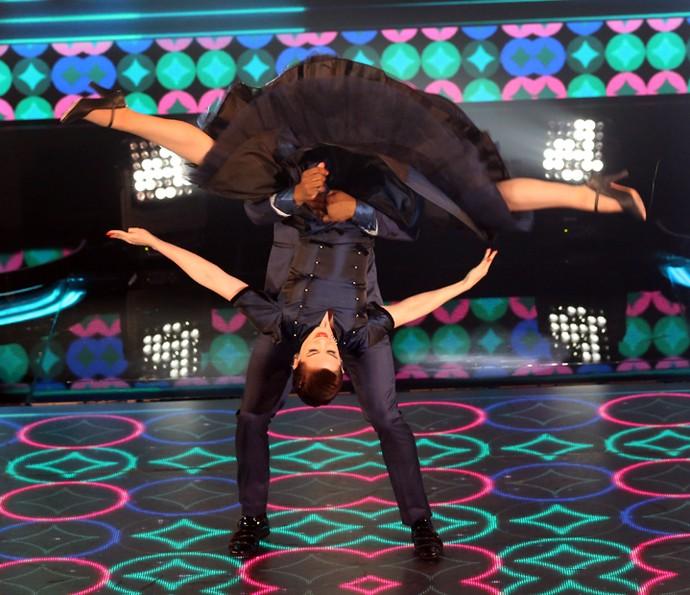 Sophia Abrahão não tem medo de encarar as pegadas do 'Dança' (Foto: Carol Caminha / Gshow)