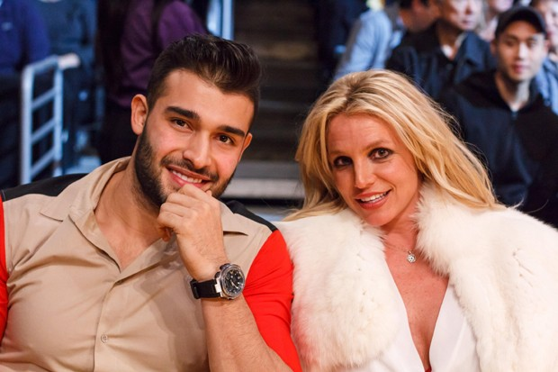 Britney Spears e Sam Asghari (Foto: The Grosby Group)
