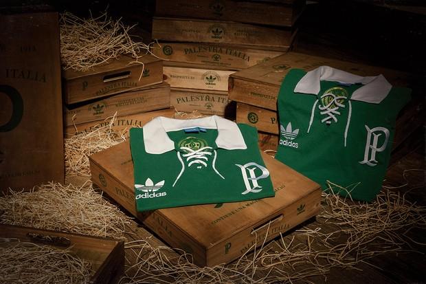 3a21c047bc Adidas Originals homenageia centenário do Palmeiras com camisa retrô ...