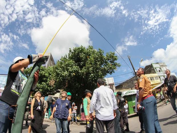 Percurso do Galo da Madrugada apresenta várias irregularidades (Foto: Aldo Carneiro/ Pernambuco Press)
