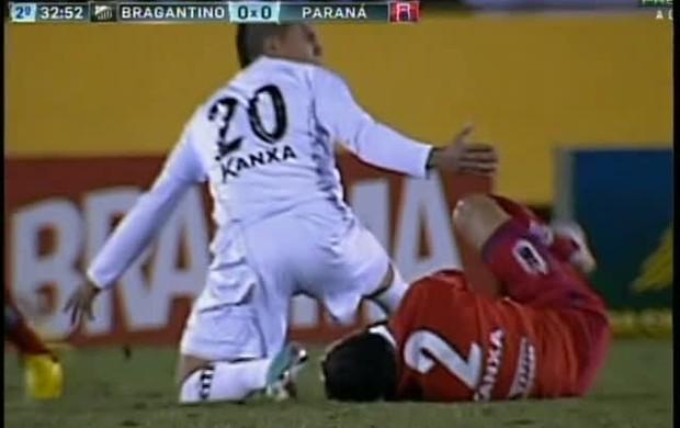 Roniery falta fratura mandíbula Paraná Bragantino (Foto: reprodução Premiere FC)