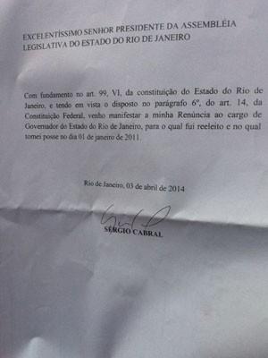 Carta enviada por Cabral ao presidente da Alerj, deputado Paulo Melo (Foto: Lívia Torres/ G1)