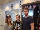 Miley Cyrus volta a ser vista com o noivo no Canadá