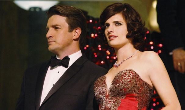 Castle e Beckett vão a um baile de caridade investigar assassinato (Foto: Divulgação / Disney Media Distribution)