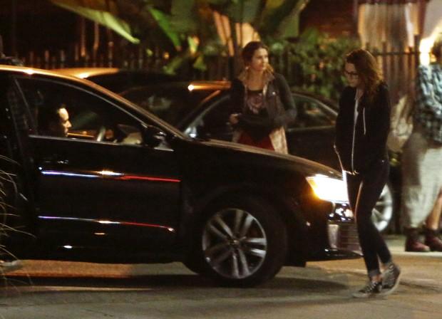 Kristen Stewart é pega por homem e agência especula se é Rupert Sanders (Foto: X17)