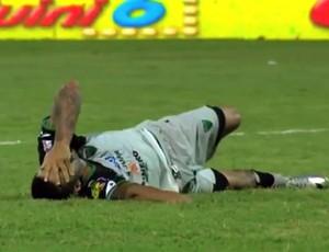 BLOG: Veterano atacante uruguaio quebra perna em dividida com goleiro do Boca