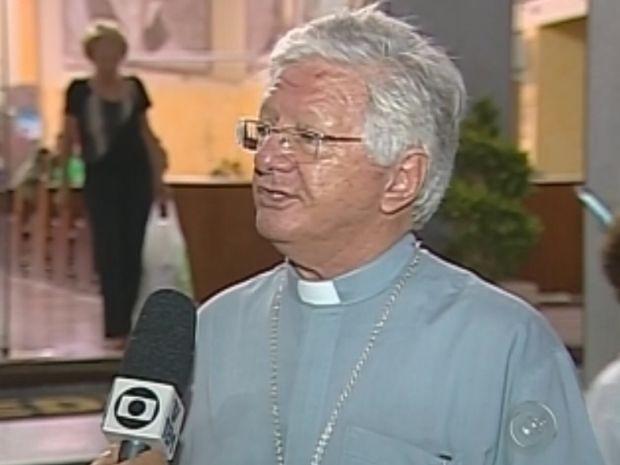 Dom Caetano ficou surpreso com a escolha do Papa argentino  (Foto: reprodução/TV Tem)
