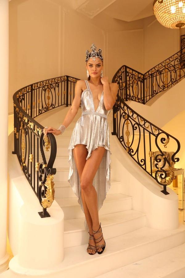 Barbara Fialho veste Maison Alexandrine por Rapha Mendonça (Foto: Instagram/Reprodução)