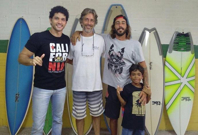 'Combinado' bate um papo com grandes nomes do surf do Brasil (Foto: TV Sergipe)