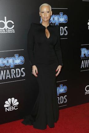 Amber Rose em prêmio em Los Angeles, nos Estados Unidos (Foto: Danny Moloshok/ Reuters)