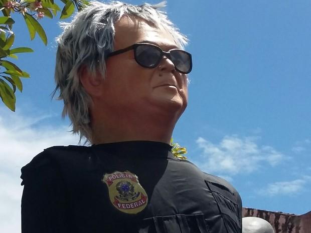 Newton Ishii, o 'japonês da Federal', é a grande novidade dos bonecos gigantes (Foto: Penélope Araújo/G1)