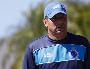 Celso Roth, técnico do Cruzeiro (Foto: Washington Alves/VIPCOMM)