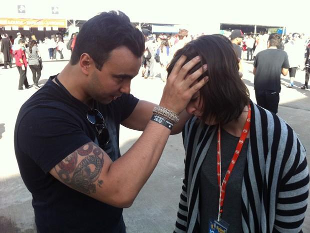 """Repórter do G1 faz sessão de """"street hypnosis"""" em SP (Foto: Felipe Tau/G1)"""