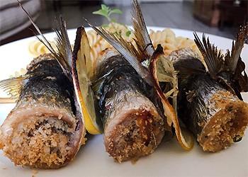 Rolês de sardinha no espeto  (Foto:  Arquivo pessoal)