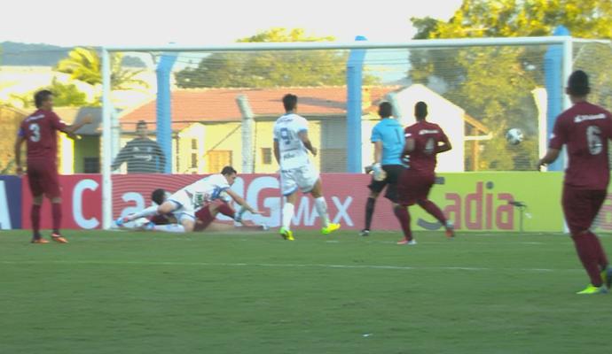 Novo Hamburgo JMalucelli Copa do Brasil frame gol (Foto: Reprodução/SporTV)