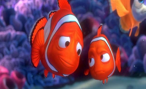 Nemo tem problema em uma das nadadeiras e Marlin é um pai superprotetor (Foto: divulgação / reprodução)
