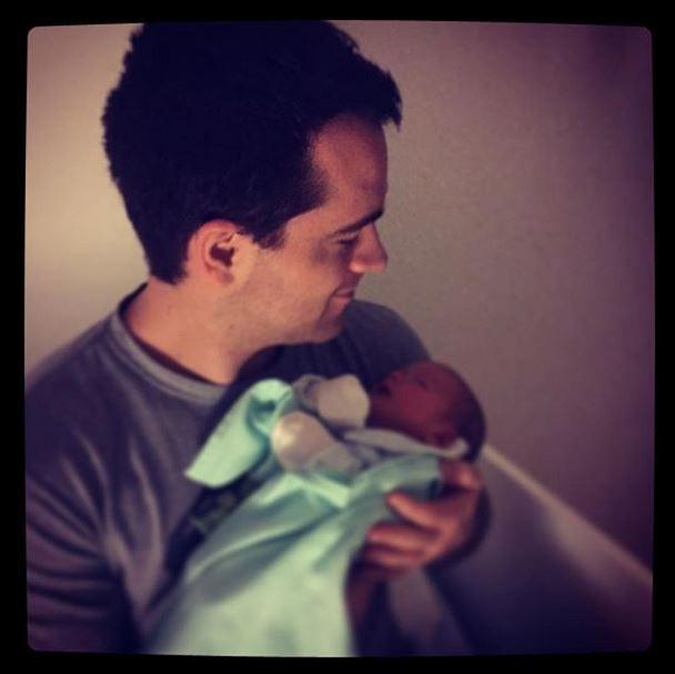 Luana Piovani mostra filha com o padrinho (Foto: instagram/reprodução)