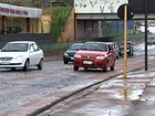 Chuva rápida alaga Avenida Nações Unidas em Bauru mais uma vez