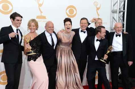 Elenco de Breaking bad festeja o Emmy (Foto: Jason Merritt)