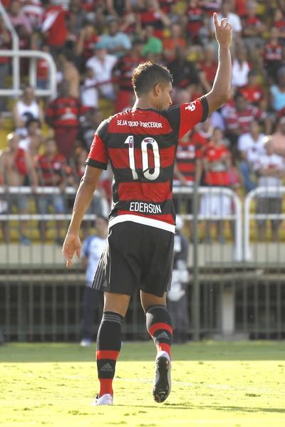 Flamengo x Bangu, Volta Redonda, Ederson (Foto: Gilvan de Souza/Fla Imagem)