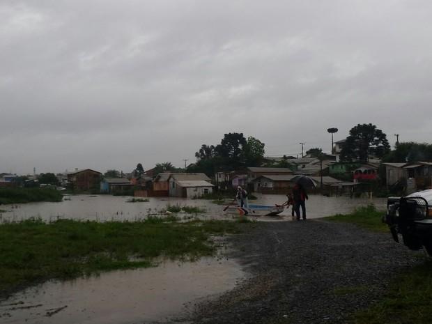 Diversos pontos de Lages foram alagados desde sexta-feira (Foto: Defesa Civil/ Divulgaçao)