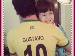 Gustavo e o pai Giovanni (Foto: Reprodução/Facebook)
