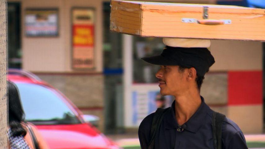 A venda de quebra-queixo é destaque no ESTV 1ª Edição (Foto: Divulgação/ TV Gazeta)