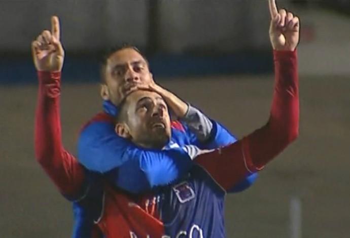 Rafael Costa comemora o gol da vitória do Paraná sobre o Bahia (Foto: Reprodução/SporTV)