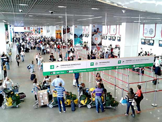 Vista do piso inferior do aeroporto Juscelino Kubitscheck, em Brasília (Foto: Lucas Nanini/G1)