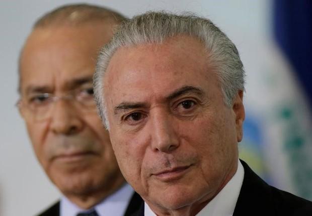 O presidente brasileiro Michel Temer e o ministro Eliseu Padilha durante evento no Palácio do Planalto, em Brasília (Foto: Ueslei Marcelino/Reuters)