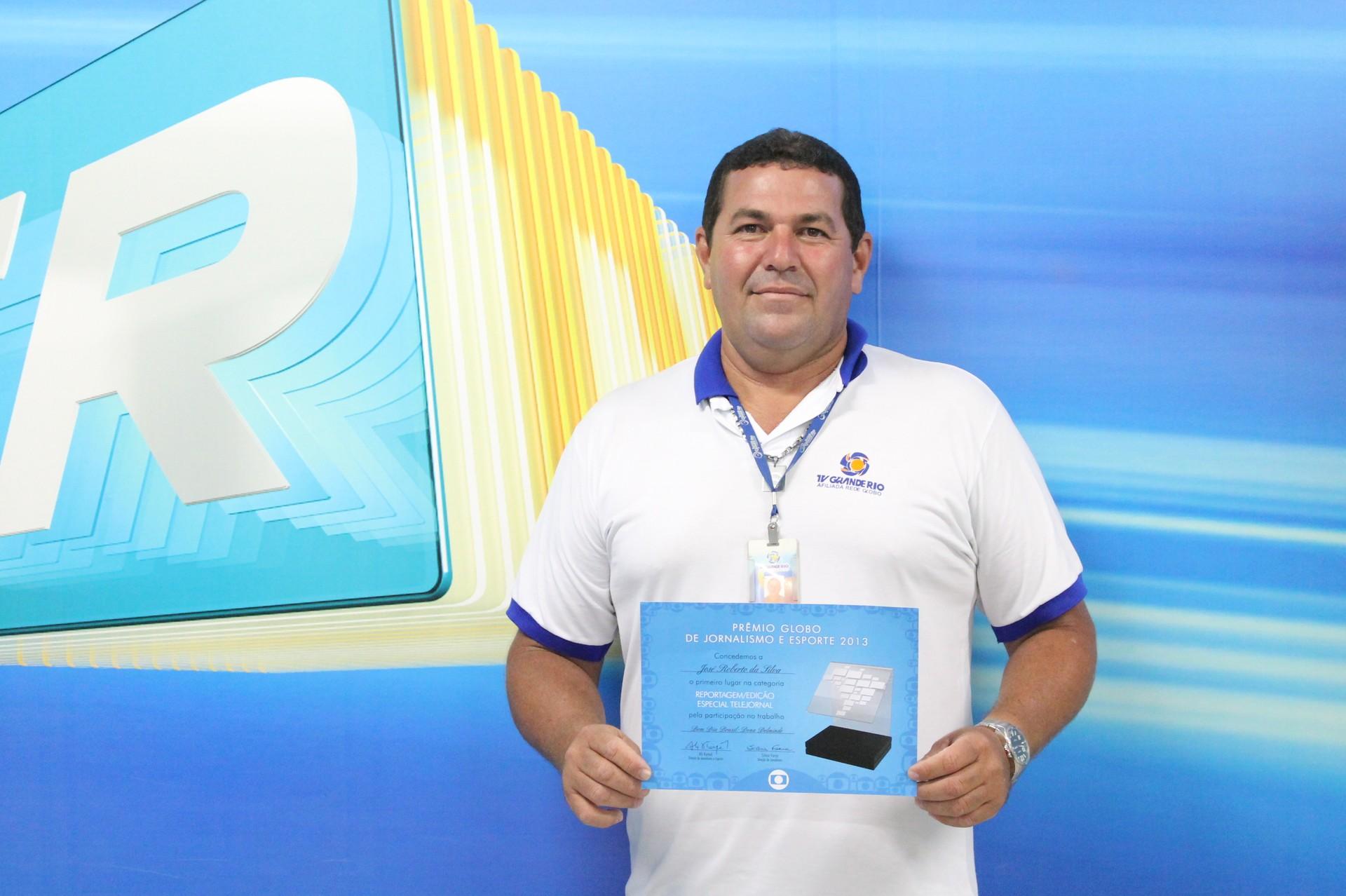 O funcionário José Roberto ganhou o prêmio Globo de Jornalismo e Esporte 2013 (Foto: Gabriela Canário)