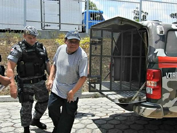 Adail Pinheiro deve ser transferido para cadeia  (Foto: Isis Capistrano/G1 AM)