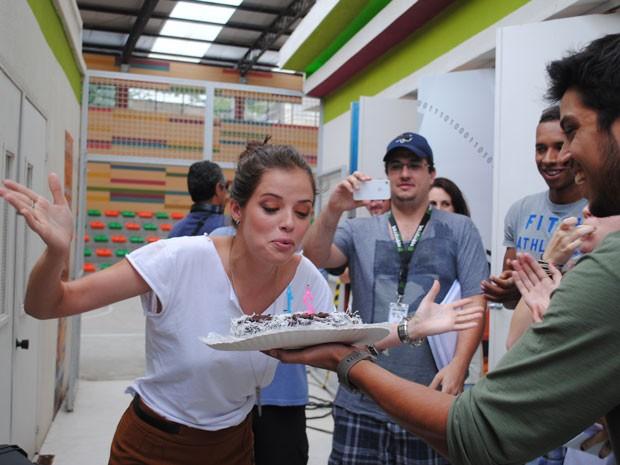 A atriz completou 21 anos neste sábado, 19/01. (Foto: Malhação / Tv Globo)