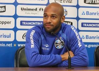 Fellipe Bastos Grêmio coletiva (Foto: Eduardo Deconto/GloboEsporte.com)