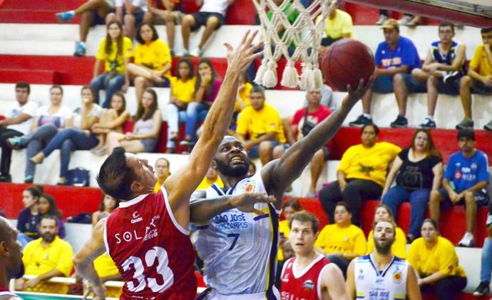 São José Basquete x Basquete Cearense (Foto: Danilo Sardinha/GloboEsporte.com)