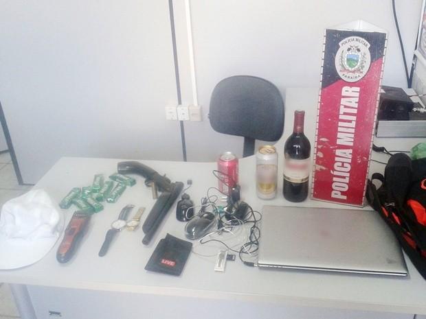 Polícia apreendeu vários produtos que podem ser provenientes de roubos (Foto: Divulgação/Secom-PB)
