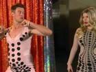 Com barriga falsa, marido dança e imita a grávida Fergie em premiação