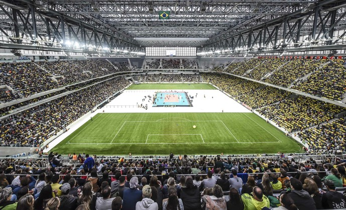 Brasil x Portugal vôlei Arena da Baixada (Foto: Inovafoto/CBV)