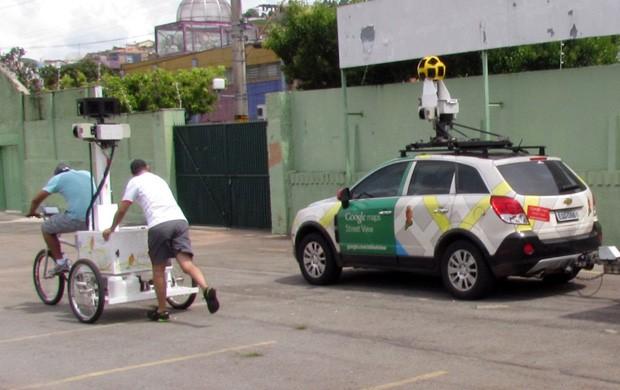 Uma bicicleta e um carro foram utilizados para as fotos (Foto: Assessoria de imprensa Caldense)