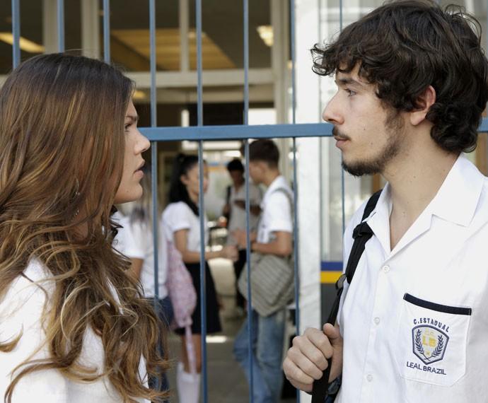 Alina é dura com Luan ao descobrir que ele foi visitar Ciça (Foto: Fabio Rocha/Gshow)