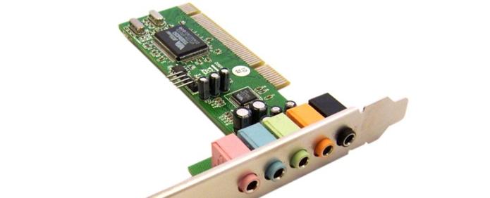 Você irá precisar comprar uma placa de som que suporte a entrada de cinco caixas de som e o subwoofer
